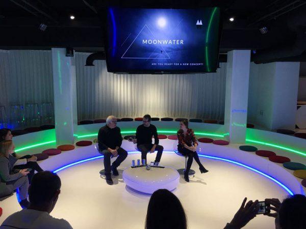 Presentación de Moonwater en Circus
